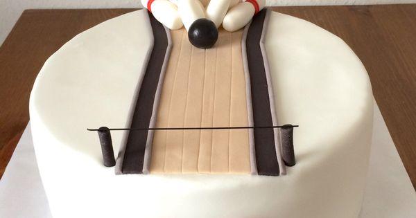 Bowling Cake/ Kegel Kuchen  Chrissis Cakes  Pinterest  Kuchen und ...