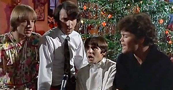 The Monkees Want To Wish You A Merry Christmas 1967 Christmas Shows Spanish Christian Music Merry Christmas Song