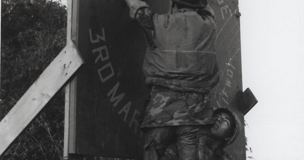Marines Decorate for Christmas, Dong Ha, Vietnam, 1968 ...