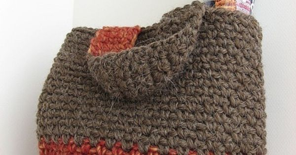 Crocheted bags, Bags and Stitches on Pinterest