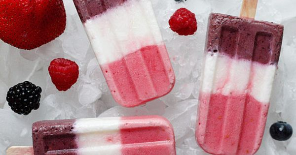 Berry Yogurt Popsicles Gina's Weight Watcher Recipes Servings: 16 • Size: 1