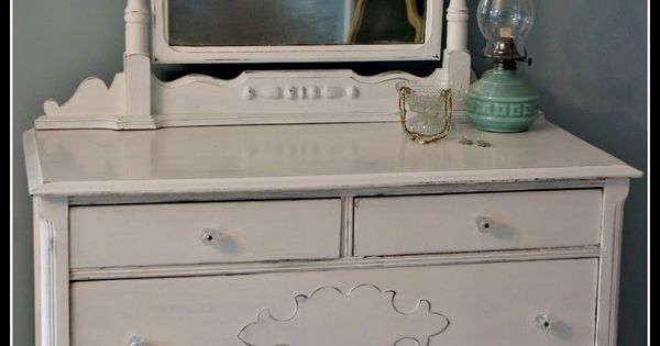 Whimsical perspective meet pure white my annie sloan for Furniture etc reviews