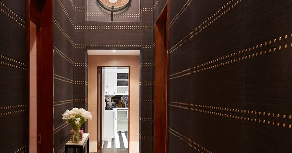 Foyer Wallpaper Game : Carole radziwill hallway with phillip jeffries rivets