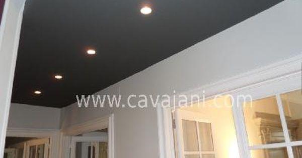 Concernant la couleur d\'un plafond, on s\'attend habituellement à ...