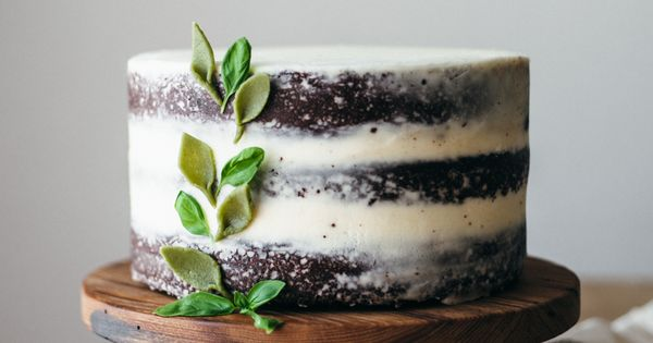 basil mascarpone buttercream frosted chocolate cake + a ...