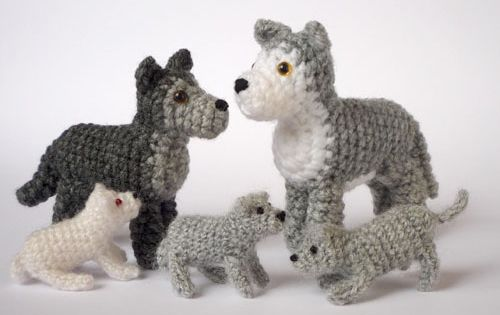 Baby Wolf Amigurumi : Wolf family by LunasCrafts on deviantART [DIY] Amigurumi ...