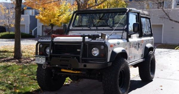 all the bells and whistles 1995 land rover defender 90 craigslist dreams pinterest. Black Bedroom Furniture Sets. Home Design Ideas