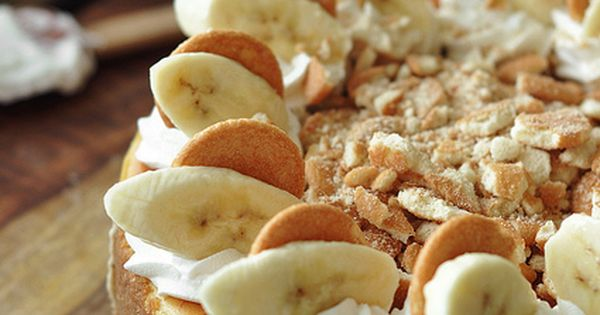 Bourbon Banana Pudding Cheesecake | The Candid Appetite...This sounds ...