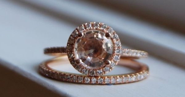 Rose gold vintage ring... Classically beautiful!!