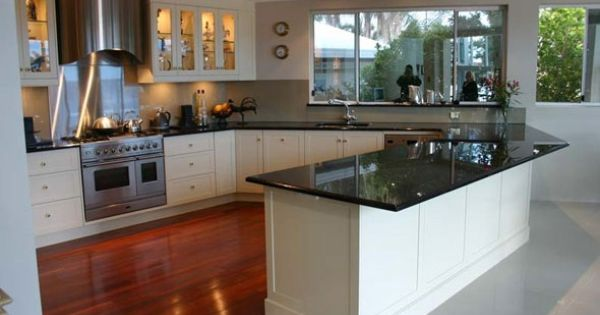 Black Granite Benchtops With White Shaker Cabinets Pretty