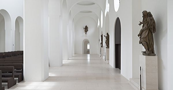 John pawson st moritz church augsburg capture for Interior design augsburg