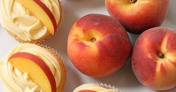 Peach Cupcakes with Peach Cream Chees Frosting