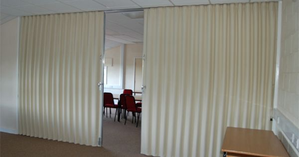 Cheap wall dividers folding partition walls commercial for Retractable walls commercial