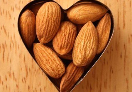 Almonds - one of the 11 Food Swaps to Lose Belly Fat
