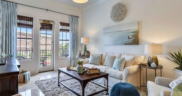 The Holland House Village Of South Walton Popular Stunning So Many Upgrades Best Prices Seacrest Beach Holland House House Seacrest Beach