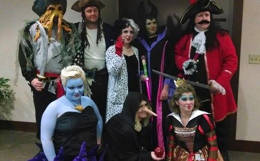 Disney villains group costume disney id es de d guisement et d guisements de groupe - Idee deguisement groupe ...