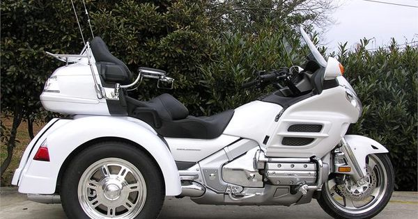 honda goldwing gl 1800 trike white vintage pinterest honda. Black Bedroom Furniture Sets. Home Design Ideas