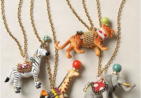 Party favors Animal necklaces - great idea. You can simplify this for