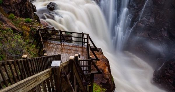 ✯ Waterfall Walkway - Quebec, Canada Beautiful Places Photography