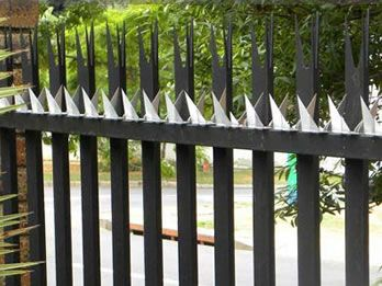 Anti Climb Spikes Add Deterrence To Perimeter Security Palisade Fence Security Fence Fence