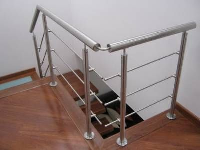 Barandas met licas acrilicos y marquesinas escaleras for Escaleras metalicas pequenas