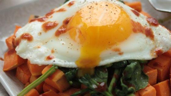 Easy & Healthy Sweet Potato Spinach Breakfast Hash   Breakfast Hash, 3 ...