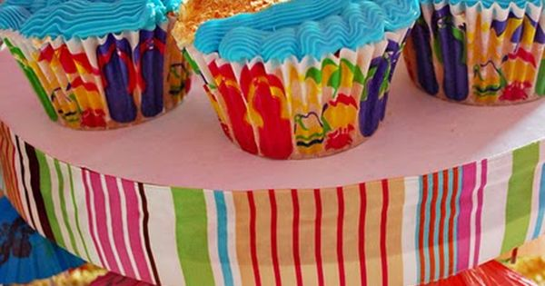 Beach Cupcakes - Find more beach party ideas at http://www.birthdayinabox.com/party-ideas/guides.asp?bgs=69