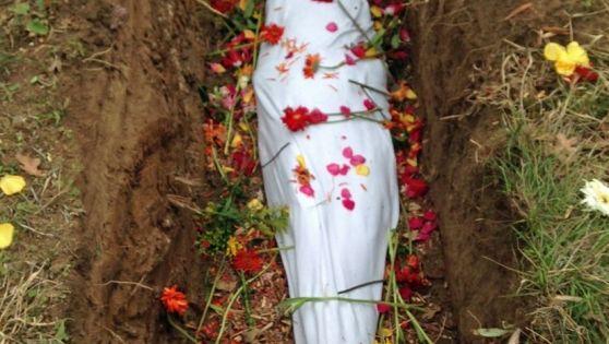 Ophelia S Shroud: NATURAL BURIAL. Do Not Buy Me A Casket! Casket Companies