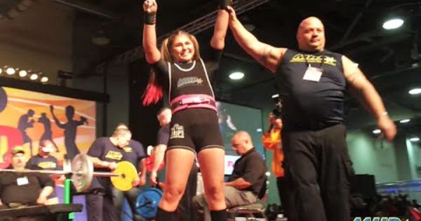 15 Year Old Maryana Naumova World Record Bench Press 330 Lbs 150 Kg Bench Press World Records Badass Women