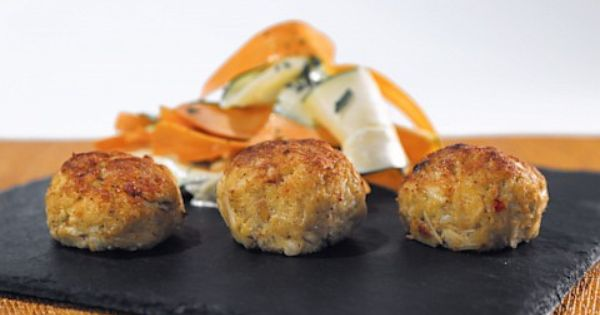 Crab Cakes On The Chew