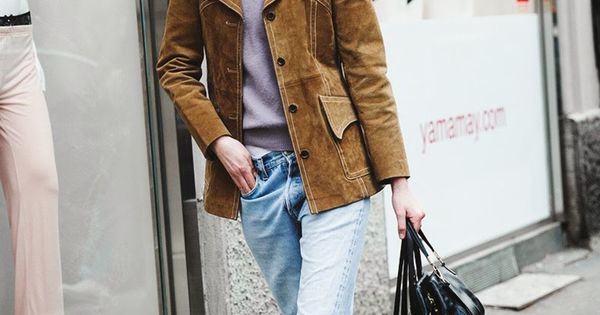 Streetstyle at Milan Fashion Winter 2015. Tags: barefoot ...
