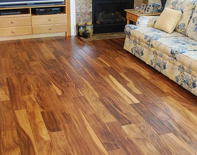Hand scraped acacia engineered hardwood flooring 3 8 x 5 for Hardwood floors 600 sq ft