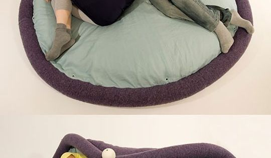 super versatile floor pillow thing. want. cool idea.