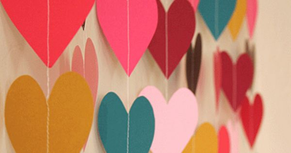 DIY, falling heart streamers, paper hearts