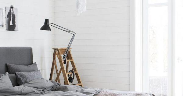 Grijze slaapkamers, Stylisten and Zweeds huis on Pinterest