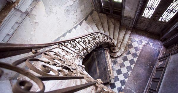 bel escalier de qui te souviens tu ch teau verdure ou de l 39 ecoli re france by. Black Bedroom Furniture Sets. Home Design Ideas