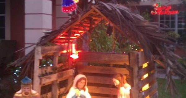 Garden Centre: Nativity - Stable Made From Pallets