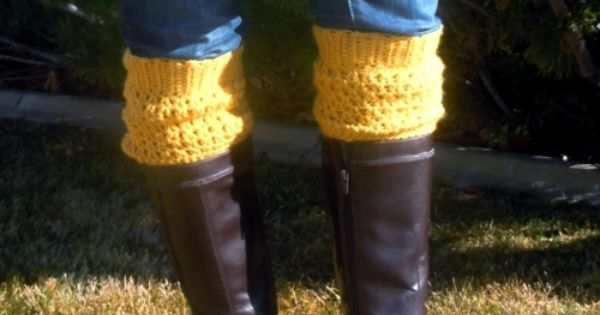 Adorable crochet boot cuffs free crochet pattern--takes about 30 minutes to make,