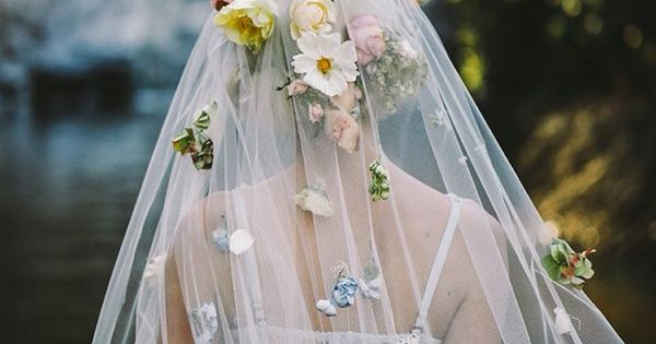 What Flowers Do I Need For My Wedding: This Flower Veil Is Everything!!! I'm Not Getting Married