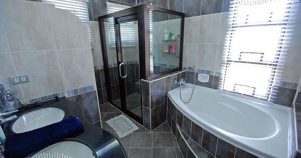 Luxury house plans bathroom design batangas quezon bataan for Bathroom interior design philippines