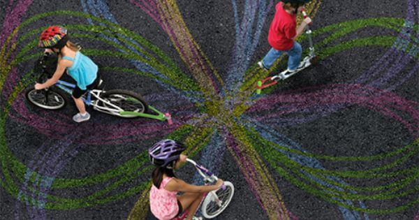 bike art- chalktrail, hooks onto bike