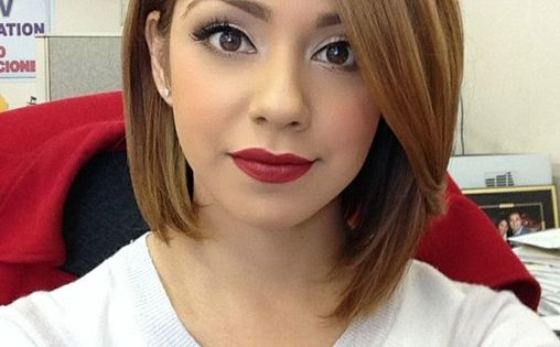 This girls hair color and make up is amazing!! 30 Short Hairstyles