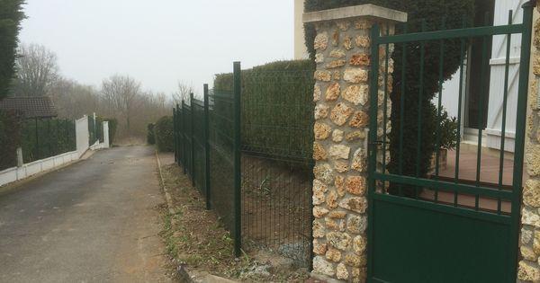 Portillon forg en aluminium de couleur verte ral 6005 for Portillon haut