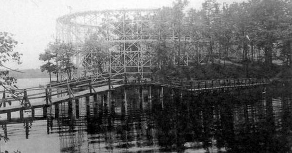 Lake Orion Used To Have An Old Amusement Park Called Park Island