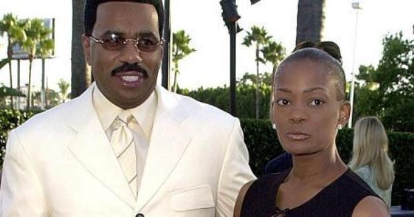 steve harvey father's day gift video