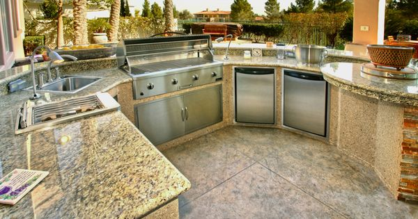 When Counter Tops Take Center Stage Outdoor Custom Kitchen Designs Pinterest Center Stage