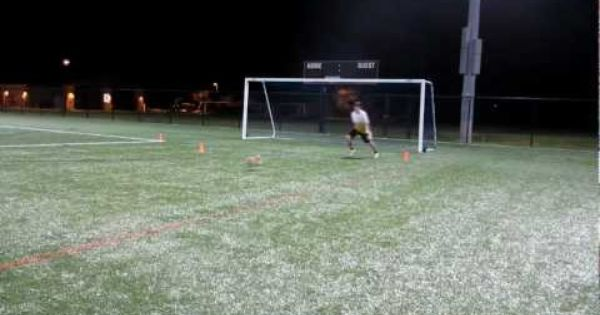 Goalkeeper Training The Triangle Drill Goalkeeper Training Goalkeeper Soccer Practice