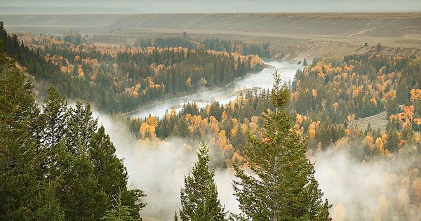 Snake River and the travel tips travelling collections travel photos travel guide|
