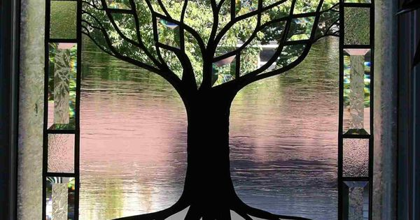 Tree of life stained glass window.. I think I can do this..