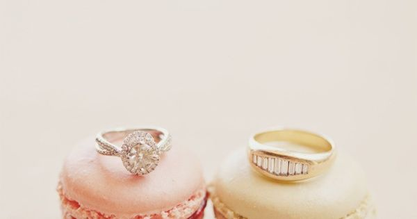 Yumminess all around - rings with a side macarons Photography By /